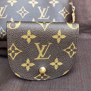 Louis Vuitton Porte Monnaie Gousset Coin Purse